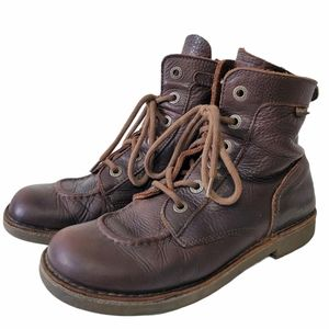 Brown leather Kickers boots Size 42